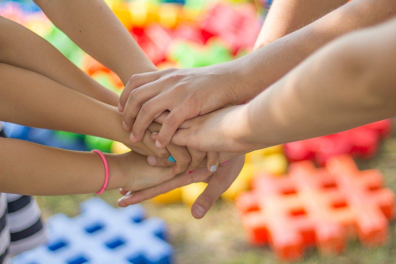De ce e importantă joaca pentru copiii noștri?